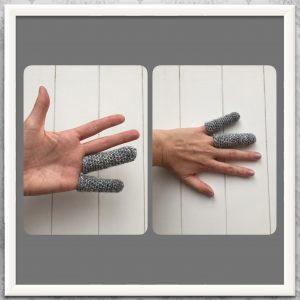 handschoenen haken pink en ringvinger